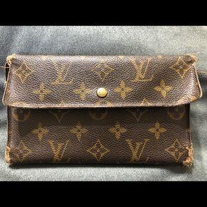 Vintage Authentic Louis Vuitton Continental Wallet
